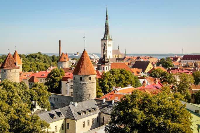 Таллинн — город, где прошлое существует в гармонии с настоящим.