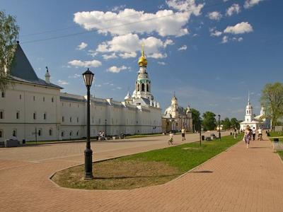 Обзорная экскурсия с посещением Кремля, Музея Кружева и Дома Петра I