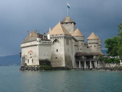Шильонский замок, Веве и Монтрё