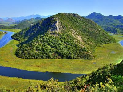 Река Црноевича и Скадарское озеро