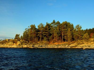Ладожские шхеры и необитаемый остров