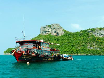 Национальный парк Анг Тонг на большом корабле