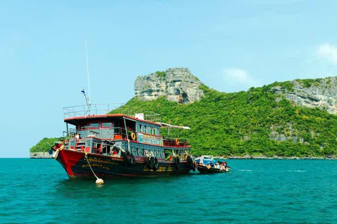 Ang Thong Marine Park Tour by Big Boat from Samui
