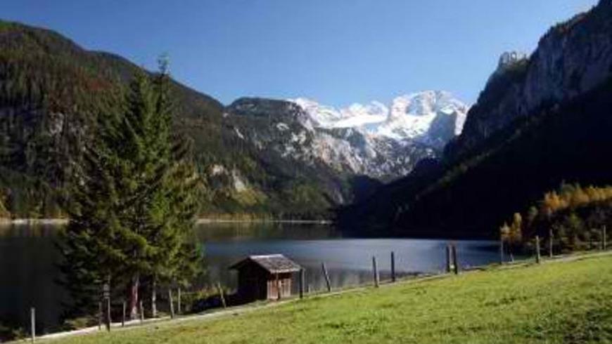 Альпийские просторы — горы, ледниковые озера и соляные пещеры