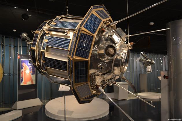 Космическая экскурсия по Музею космонавтики и Аллее Героев космоса