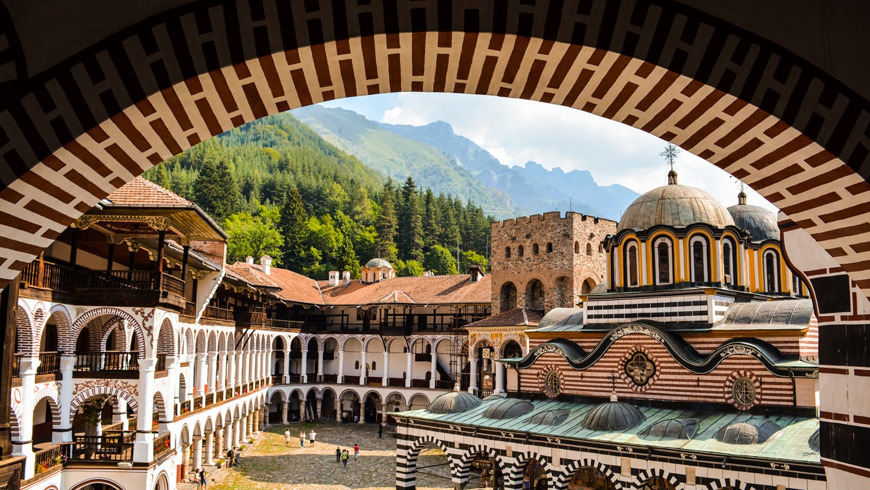 Рильский Монастырь — самое святое место Болгарии