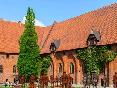 Мальборк — средневековый замок