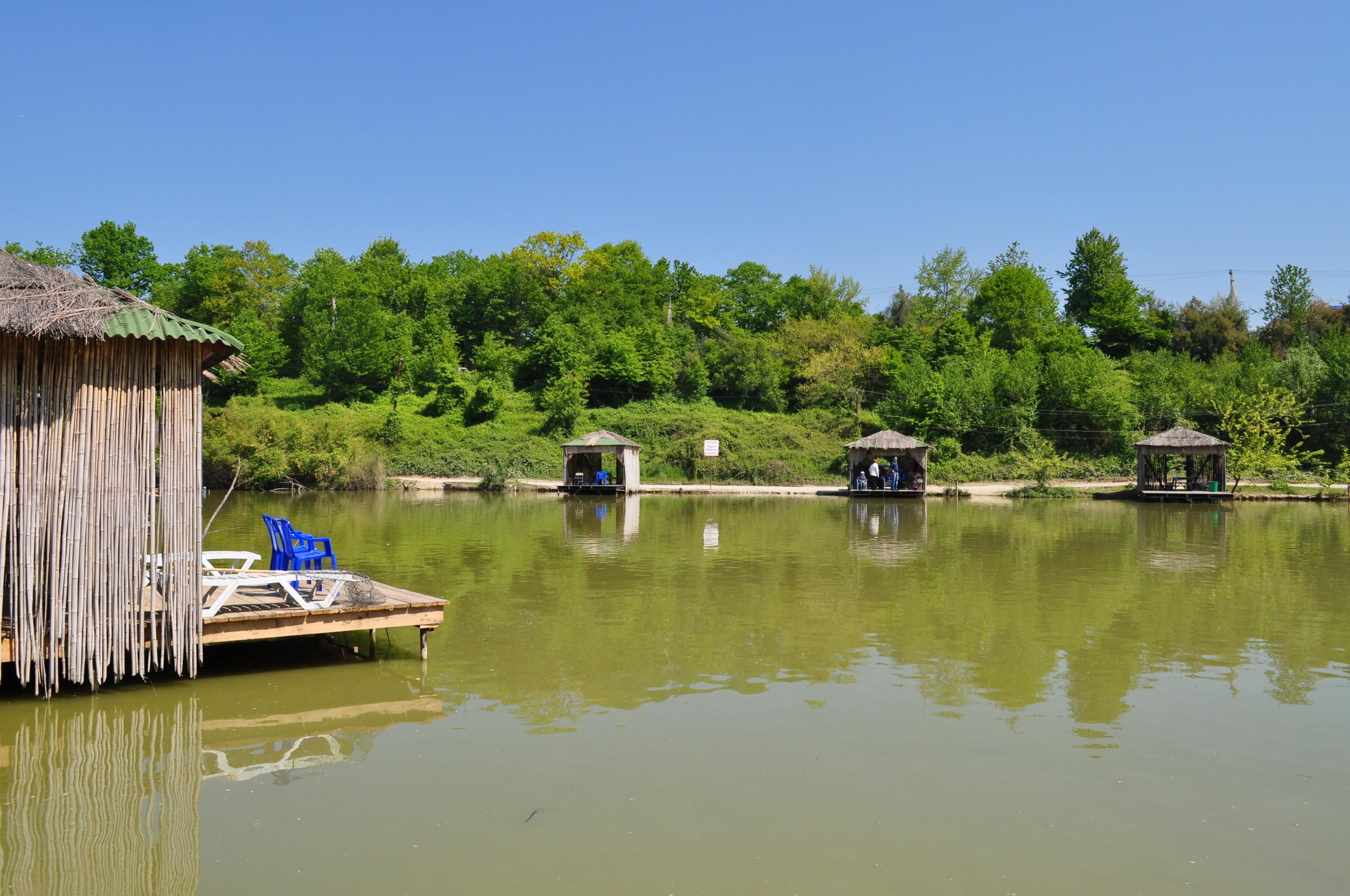 Ачигварское озеро фото
