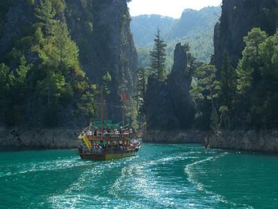 Прогулка на яхте по Зеленому каньону с Белека