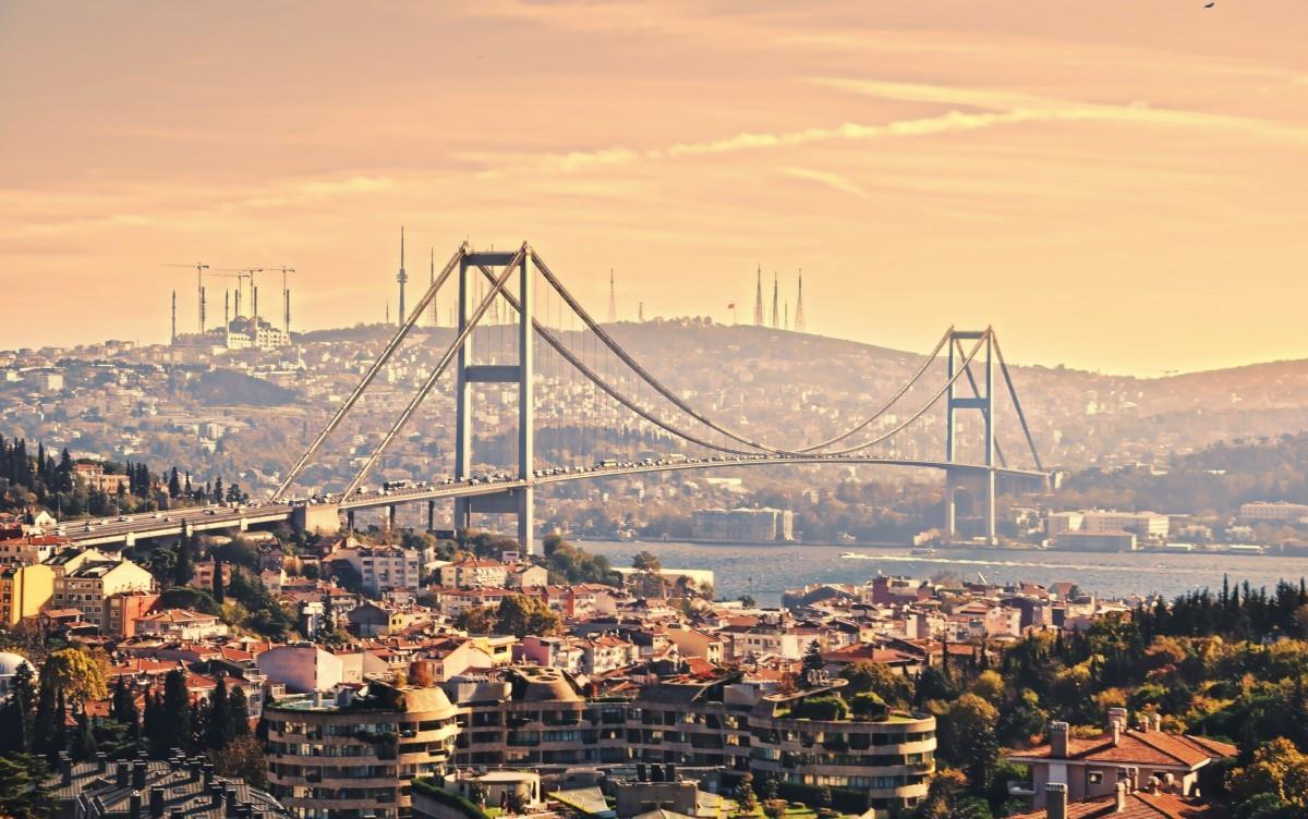 Онлайн-экскурсия «Стамбул. Из Европы в Азию по Босфору»