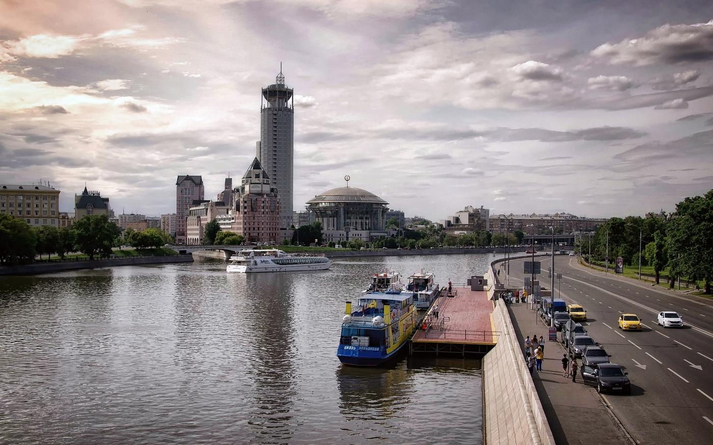 Фото причала у Новоспасского моста в Москве