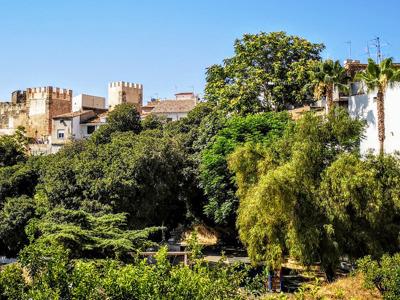 Буньоль: замок и природный заповедный парк