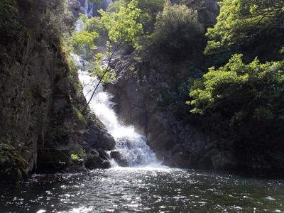Чудодейственный горный водопад
