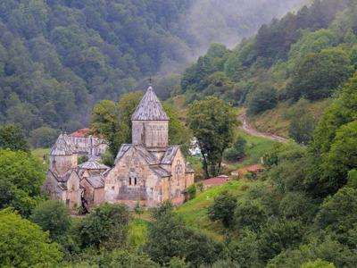 Монастыри зелёного Дилижана: Агарцин и Гошаванк