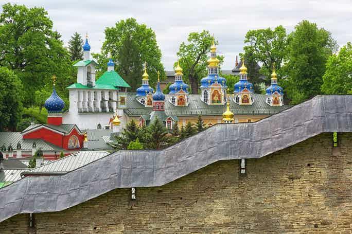 Экскурсия «Печоры — Изборск» из Пскова