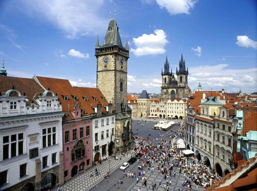 Онлайн-экскурсия: «Секреты старой Праги — по Староместкой площади»