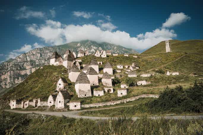 Северная Осетия: город мертвых Даргавс в мини-группе