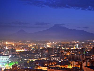 Огни вечернего Еревана
