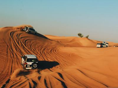 VIP-тур: сафари в пустыне Lah Bab (Red Dunes)