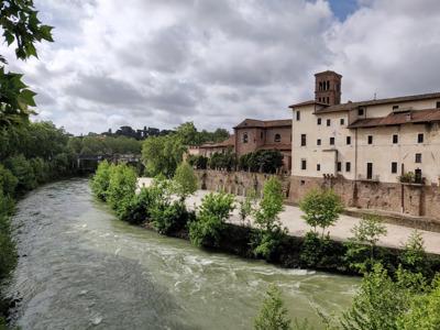 Бесплатная онлайн-экскурсия «Рим — по набережным Тибра»