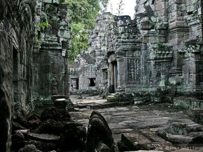 """Жемчужины """"Большого и Малого"""" круга Ангкора"""
