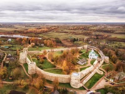 Крепости Псковской земли: Изборск и Псково-Печёрский монастырь