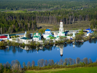 Экскурсия в Свияжск и Раифский монастырь на теплоходе