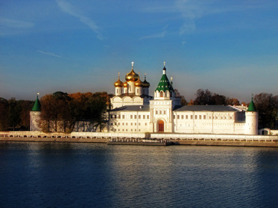 Знакомство с Костромой. С посещением кафедрального собора.