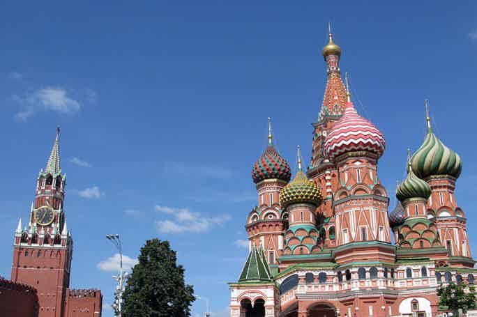 Обзорная экскурсия и прогулка по Красной площади (5 часов)
