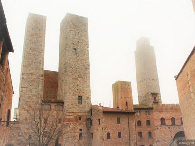 Сан-Джиминьяно - башенный город