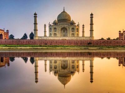 Поездка к Тадж Махалу из Дели