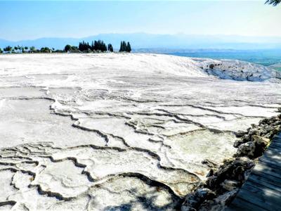 Памуккале, Хиерополис и озеро Салда: белоснежные ванны и древние развалины