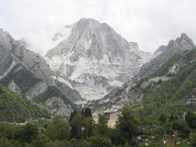 Каррара — мраморные каменоломни