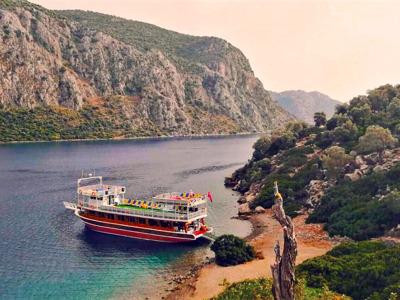 Эгейские острова — морская прогулка с ужином на необитаемом острове