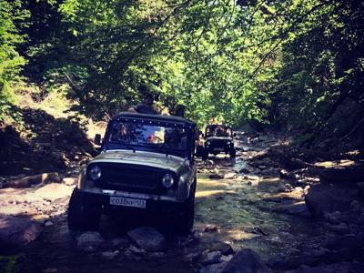Джип-тур в Бронзовое ущелье — по нетронутым местам Абхазии из Нового Афона
