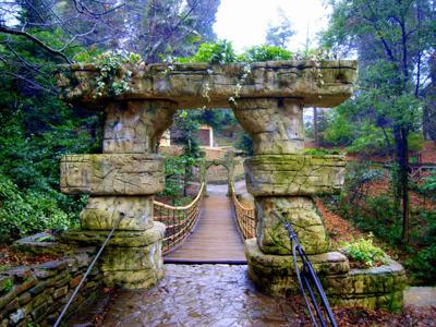 33 водопада и настоящее кавказское застолье