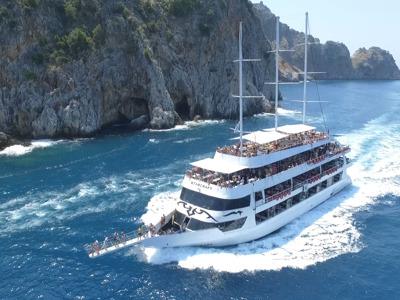 На яхте по Средиземному морю
