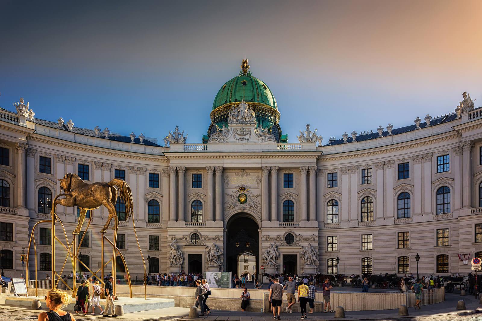 экскурсия из праги в вену: хофбург