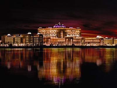 Вечерний Абу-Даби (нестандартный тур в столицу Арабских Эмиратов)