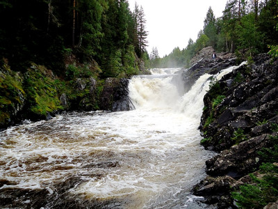 Золотой круг Карелии: водопад Кивач, марциальные воды, вулкан Гирвас