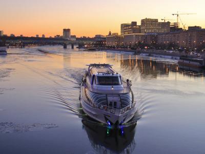 Круиз по Москве-реке на борту яхты Radisson