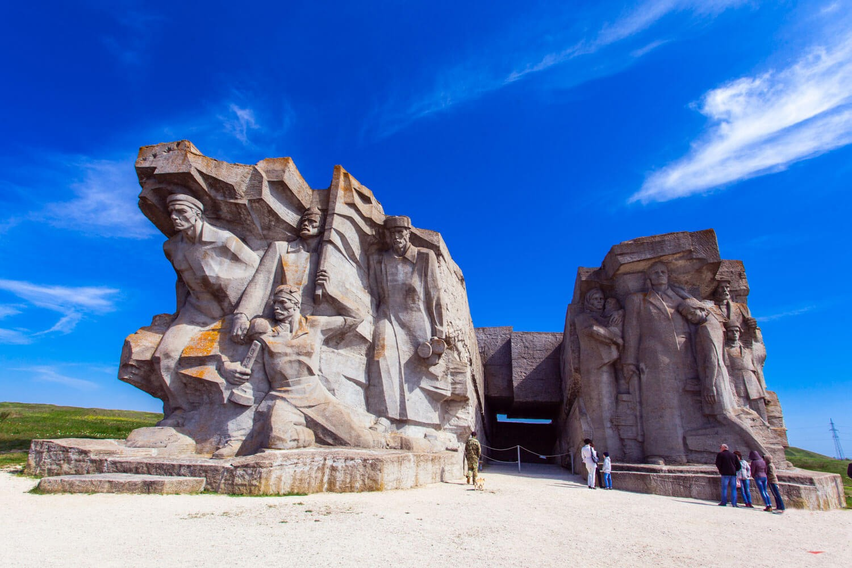 Аджимушкайские каменоломни в Керчи - фото