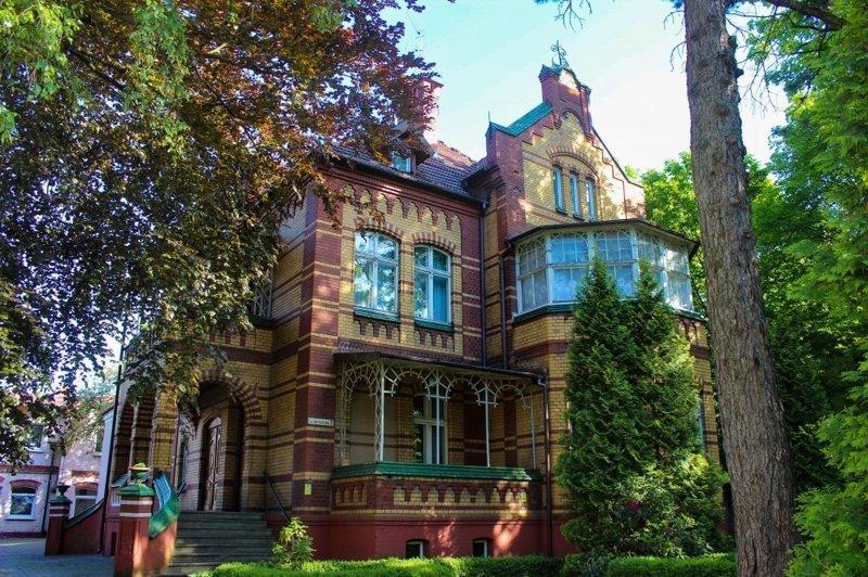 Онлайн-экскурсия «Самые красивые виллы Калининграда»
