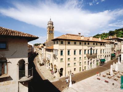 Винный тур с посещением Конельяно и Кастельбрандо и дегустацией просекко