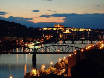 Прага вечерняя с ужином на теплоходе, выезд из Карловых Вар