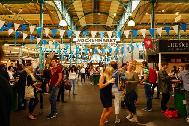 Весь берлинский стрит-фуд в одном месте — настоящий праздник живота!